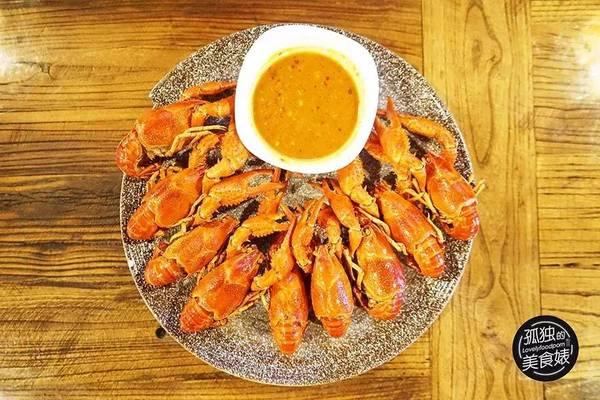 成都风味的小龙虾在大广州也有了