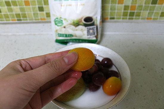 水果该怎么洗 实战四种洗水果方式