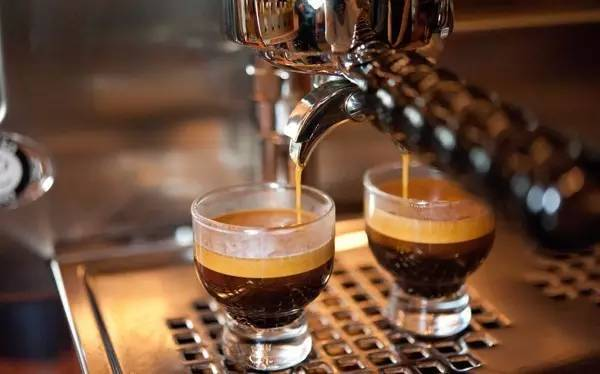 节后上班犯困?喝杯咖啡提提神吧