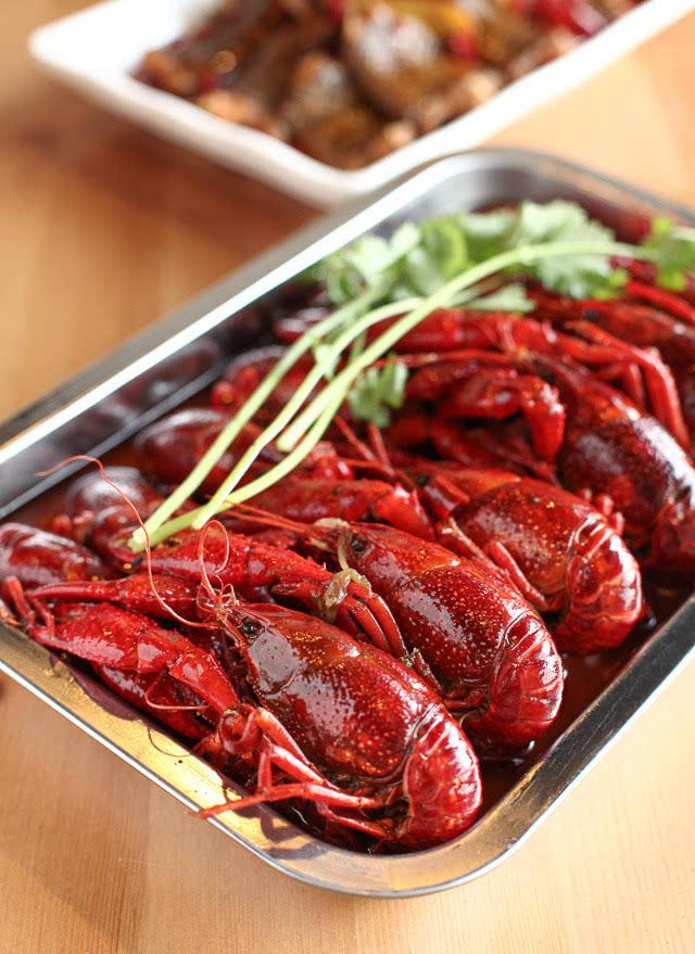 香!辣!鲜!在广州不得不吃的小龙虾推荐!