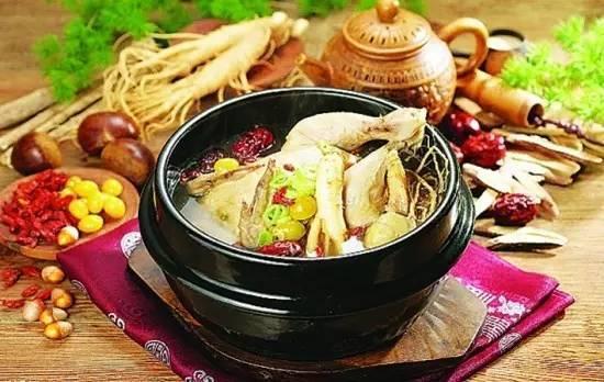 在家吃火锅才放心,八种自制火锅汤底推荐