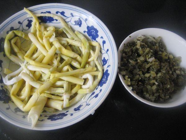 春天吃笋好时节,酸菜炒春笋的做法你要知道