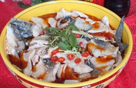"""愚人节不要做""""水鱼"""",咱做水煮鱼"""