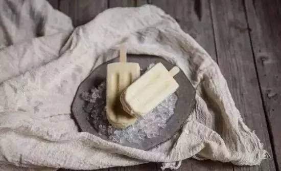 夏天来了 小编教你家中自制冰棍