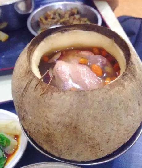 藏在广州街头的老字号靓汤店 你吃过么?