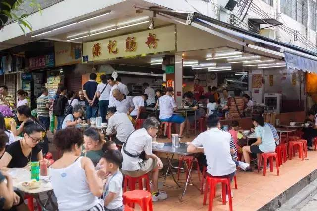 上下九旁的这条美食街,有最地道的广州味道!
