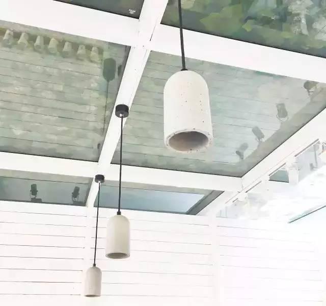 这家开在天台上的咖啡馆,值得你来坐一坐