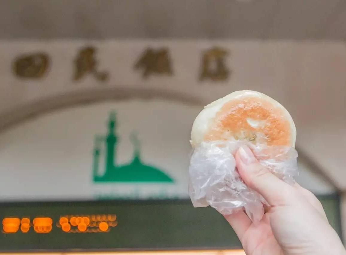 蕴含老广生活气息的中山七路,藏有网红葱油饼与人气鸡杂汤